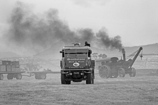 Steam_Lorry_and_Fowler_B_and_W
