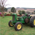 The restoration of the JD 620 Orchard tractor is well under way